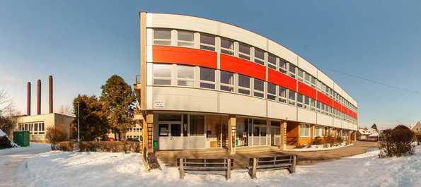 Základní škola HOSTIVAŘ