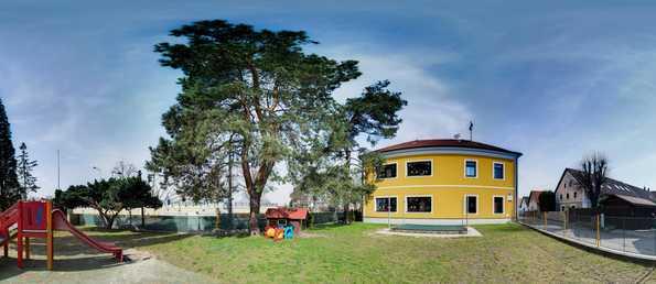 Mateřská škola, Slatina